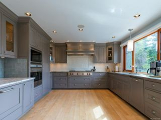 Photo 4: 3305 Kirk Rd in DENMAN ISLAND: Isl Denman Island House for sale (Islands)  : MLS®# 837339