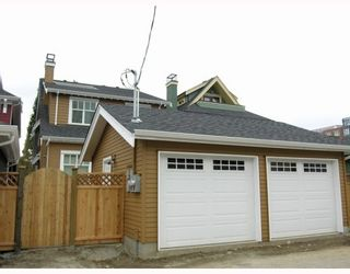 Photo 12: 459 16TH Ave W in Vancouver: Home for sale : MLS®#  V968617
