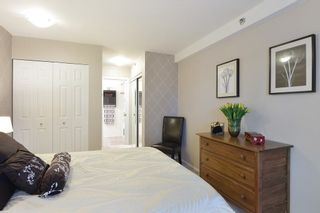 Photo 16: 401 19721 64 AVENUE in Langley: Willoughby Heights Condo for sale : MLS®# R2247351