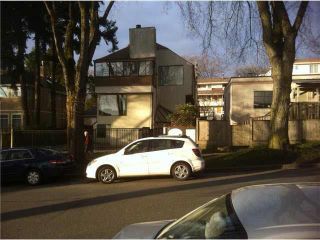 Photo 2: 301 3641 W 29TH Avenue in Vancouver: Dunbar Condo for sale (Vancouver West)  : MLS®# R2087756