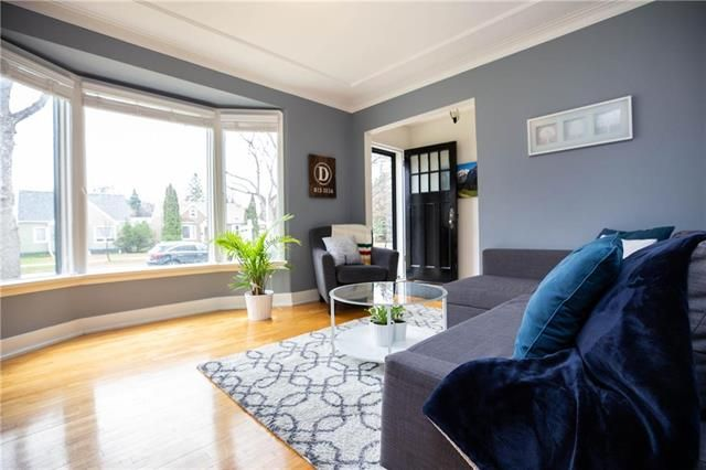 Photo 4: Photos: 497 McNaughton Avenue in Winnipeg: Riverview Residential for sale (1A)  : MLS®# 1911130