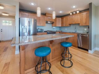 """Photo 12: 5557 PEREGRINE Crescent in Sechelt: Sechelt District House for sale in """"SilverStone Heights"""" (Sunshine Coast)  : MLS®# R2492023"""