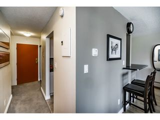 """Photo 4: 305 306 W 1ST Street in North Vancouver: Lower Lonsdale Condo for sale in """"LA VIVA PLACE"""" : MLS®# R2097967"""