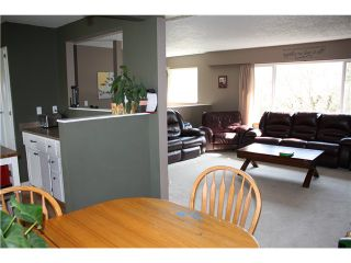 Photo 5: 4383 WILSON Road: Yarrow House for sale : MLS®# H1401385