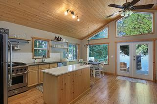 Photo 4: 2582 East Side Rd in : PQ Qualicum North House for sale (Parksville/Qualicum)  : MLS®# 859214