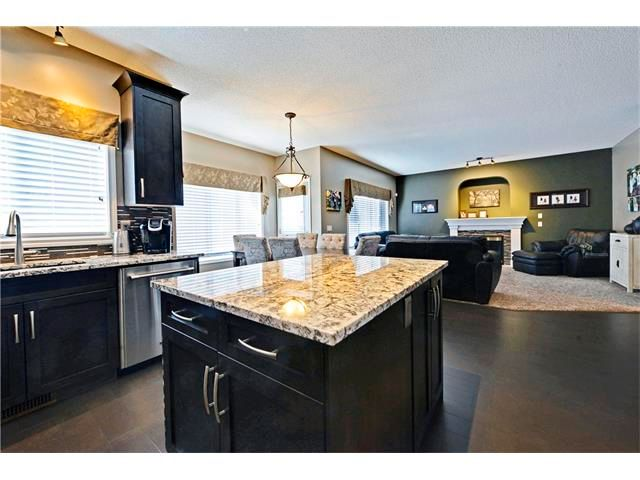 Photo 9: Photos: 186 THORNLEIGH Close SE: Airdrie House for sale : MLS®# C4054671