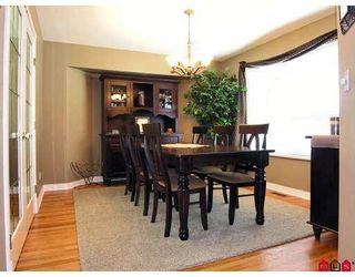 Photo 5: 20527 93A Avenue in Langley: Walnut Grove House for sale : MLS®# F2715834