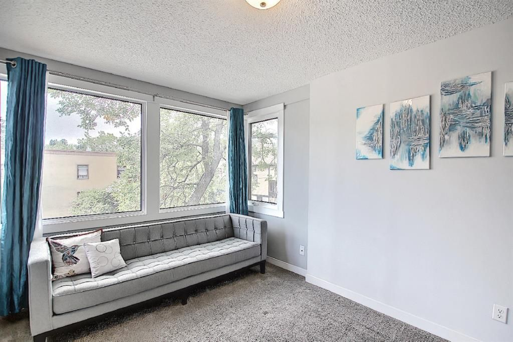 Photo 10: Photos: 2122 5 Street SW in Calgary: Cliff Bungalow Detached for sale : MLS®# A1115201