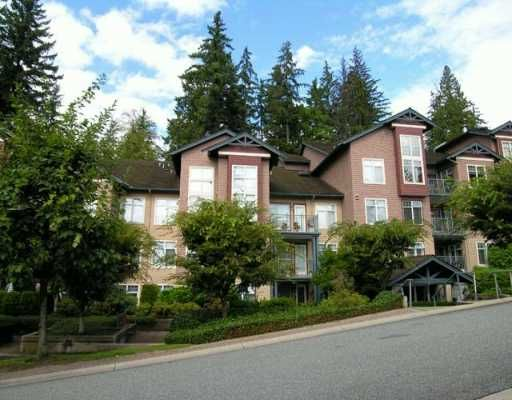 """Main Photo: 1144 STRATHAVEN Drive in North Vancouver: Northlands Condo for sale in """"STRATHAVEN"""" : MLS®# V612196"""