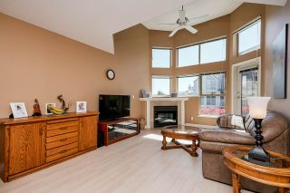 """Photo 6: 303 70 RICHMOND Street in New Westminster: Fraserview NW Condo for sale in """"GOVERNOR'S COURT"""" : MLS®# R2571621"""