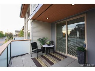 Photo 15: Fee Simple Townhome in Sidney By The Sea