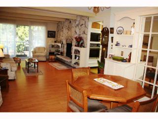 """Photo 5: 217 3875 W 4TH Avenue in Vancouver: Point Grey Condo for sale in """"LANDMARK JERICHO"""" (Vancouver West)  : MLS®# V814610"""