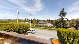 Photo 3: 1025 Wurtele Pl in Esquimalt: Es Rockheights Half Duplex for sale : MLS®# 840558