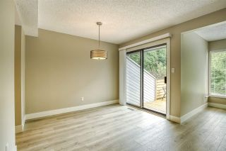 """Photo 9: 15879 ALDER Place in Surrey: King George Corridor Townhouse for sale in """"ALDERWOOD"""" (South Surrey White Rock)  : MLS®# R2471622"""