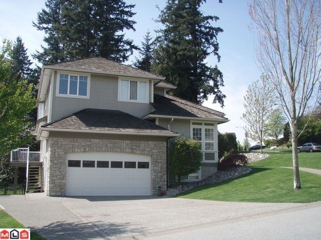 """Photo 3: Photos: 16948 FRIESIAN Drive in Surrey: Cloverdale BC House for sale in """"Richardson Ridge"""" (Cloverdale)  : MLS®# F1103721"""