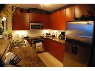 Photo 5: 1802 15 E. ROYAL AVENUE in New Westminster: Home for sale