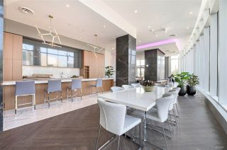 """Photo 13: 1907 1788 GILMORE Avenue in Burnaby: Brentwood Park Condo for sale in """"ESCALA"""" (Burnaby North)  : MLS®# R2418017"""