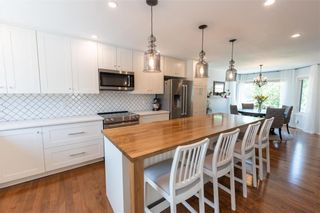 Photo 3: 40 Eastmount Drive in Winnipeg: River Park South Residential for sale (2F)  : MLS®# 202116211
