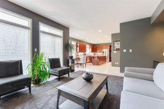 Photo 7: 421 OSBORNE Crescent in Edmonton: Zone 14 House for sale : MLS®# E4230863