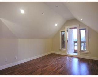 Photo 8: 1196 E 11TH Avenue in Vancouver: Mount Pleasant VE 1/2 Duplex for sale (Vancouver East)  : MLS®# V756717