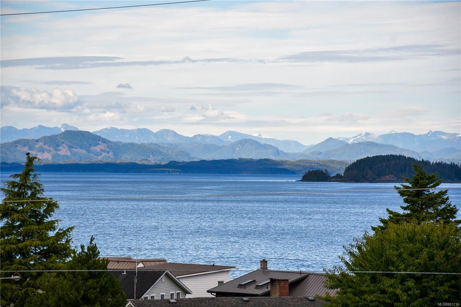 Main Photo: 1 8805 Central St in Port Hardy: NI Port Hardy Row/Townhouse for sale (North Island)  : MLS®# 883716