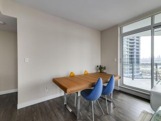 "Photo 6: 1210 2008 ROSSER Avenue in Burnaby: Brentwood Park Condo for sale in ""SOLO Stratus"" (Burnaby North)  : MLS®# R2563283"