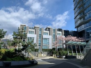 "Photo 34: TH17 1233 W CORDOVA Street in Vancouver: Coal Harbour Townhouse for sale in ""CARINA"" (Vancouver West)  : MLS®# R2562157"