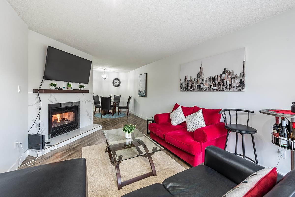 """Main Photo: 307 1155 ROSS Road in North Vancouver: Lynn Valley Condo for sale in """"THE WAVERLEY"""" : MLS®# R2533563"""
