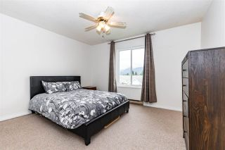 """Photo 15: 204 46374 MARGARET Avenue in Chilliwack: Chilliwack E Young-Yale Condo for sale in """"Mountain View Apartments"""" : MLS®# R2541621"""