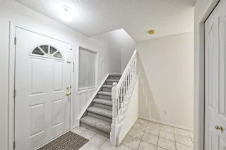 Photo 2: 1346 SOMERSIDE Drive SW in Calgary: Somerset House for sale : MLS®# C4171592