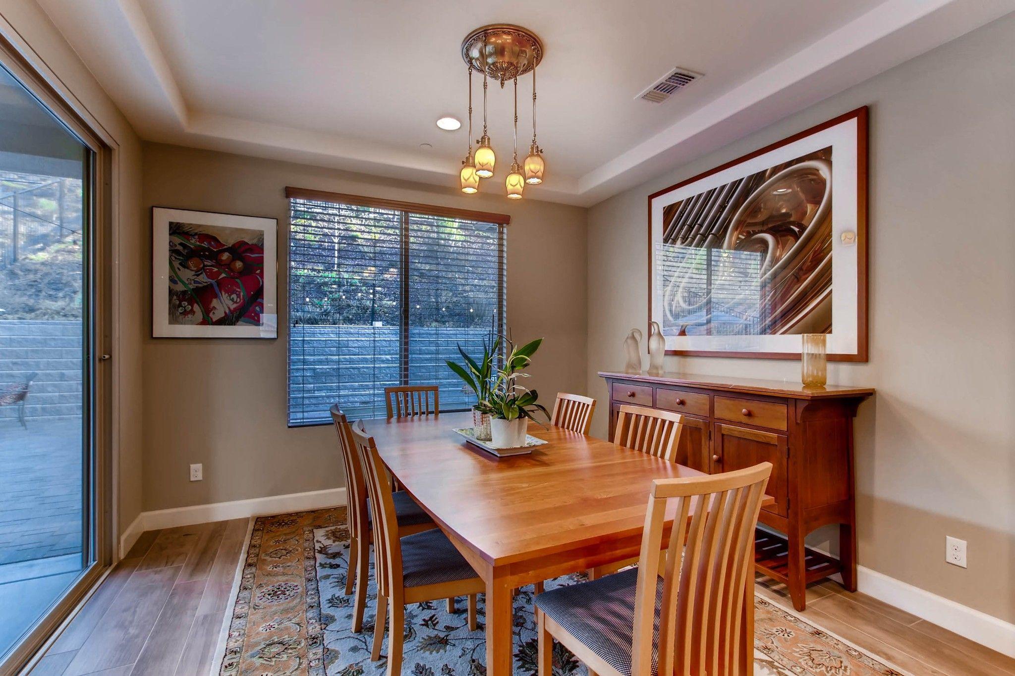 Photo 11: Photos: Residential for sale : 5 bedrooms : 443 Machado Way in Vista