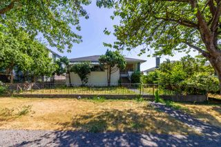 Main Photo: 1440 ROSSER Avenue in Burnaby: Willingdon Heights House for sale (Burnaby North)  : MLS®# R2604798