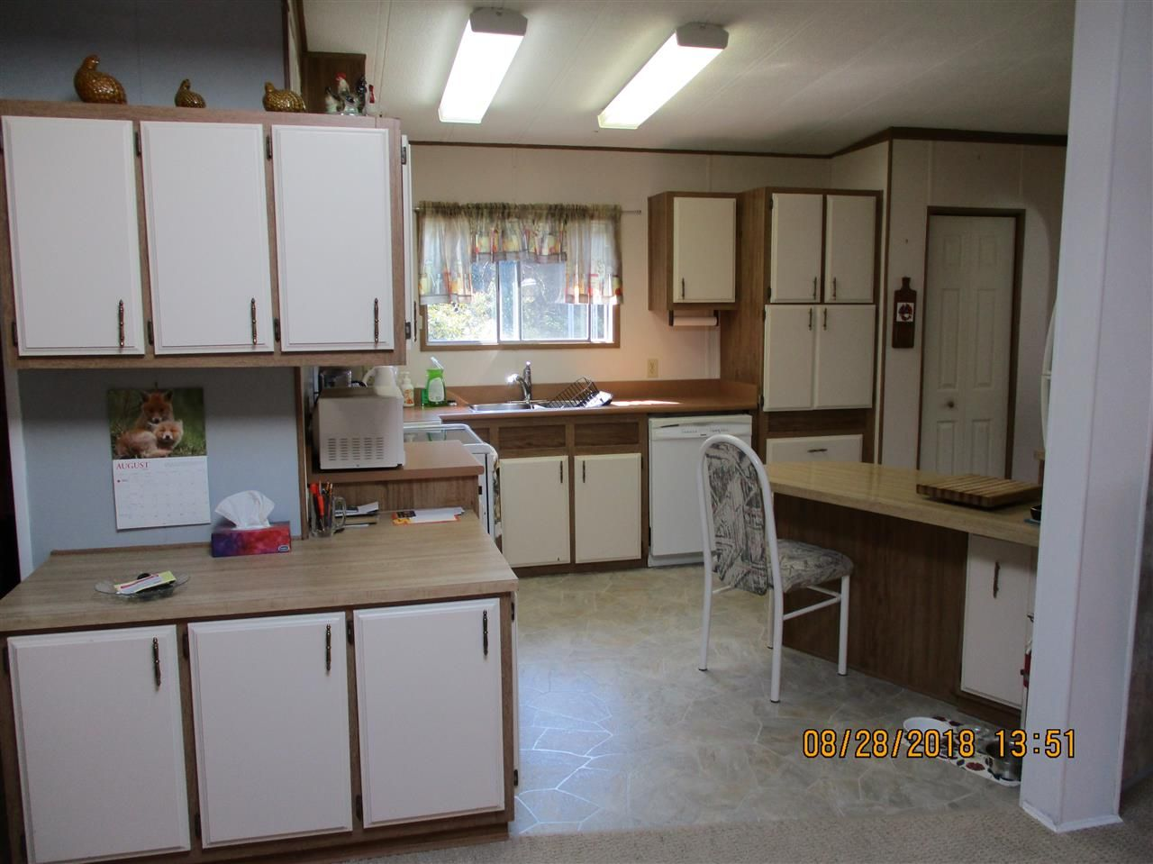 """Photo 8: Photos: 57 2305 200 Street in Langley: Brookswood Langley Manufactured Home for sale in """"CEDAR LANE"""" : MLS®# R2357125"""