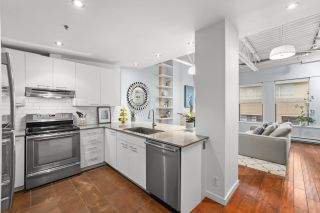 """Photo 10: PH 502 549 COLUMBIA Street in New Westminster: Downtown NW Condo for sale in """"C2C LOFTS"""" : MLS®# R2625203"""