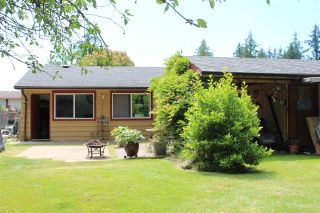 """Photo 14: 914 DAVIS Road in Gibsons: Gibsons & Area House for sale in """"TOWN OF GIBSONS"""" (Sunshine Coast)  : MLS®# R2478036"""