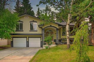 Photo 2: 1919 Bay Shore Road SW in Calgary: Bayview Detached for sale : MLS®# A1129407