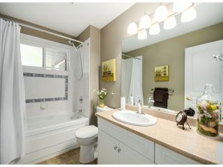 """Photo 14: 35957 STONERIDGE Place in Abbotsford: Abbotsford East House for sale in """"Mountain Meadows"""" : MLS®# F1412668"""