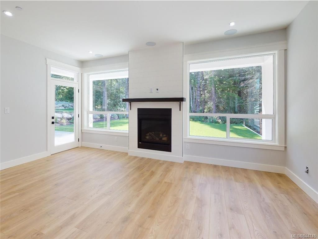 Photo 38: Photos: 2504 West Trail Crt in Sooke: Sk Broomhill House for sale : MLS®# 844745