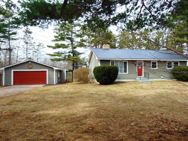 Main Photo: 1403 Hayes Street in Coldbrook: 404-Kings County Residential for sale (Annapolis Valley)  : MLS®# 202106420