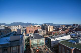 """Photo 15: 1106 550 TAYLOR Street in Vancouver: Downtown VW Condo for sale in """"THE TAYLOR"""" (Vancouver West)  : MLS®# R2335310"""