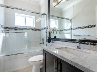 Photo 21: 2350 BONACCORD Drive in Vancouver: Fraserview VE House for sale (Vancouver East)  : MLS®# R2468026