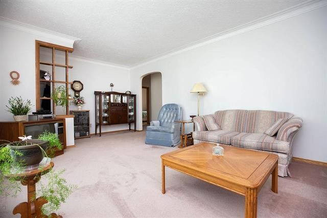 Photo 3: Photos: 46 Havelock Avenue in Winnipeg: Residential for sale (2D)  : MLS®# 1914025