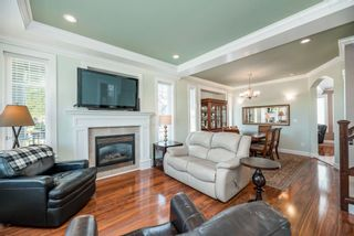 """Photo 4: 19472 71 Avenue in Surrey: Clayton House for sale in """"Clayton Heights"""" (Cloverdale)  : MLS®# R2593550"""