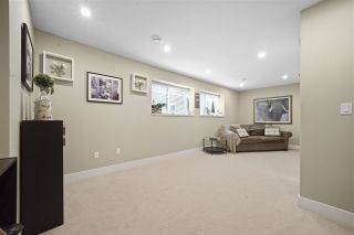 """Photo 12: 43 2687 158 Street in Surrey: Grandview Surrey Townhouse for sale in """"Jacobsen"""" (South Surrey White Rock)  : MLS®# R2406998"""
