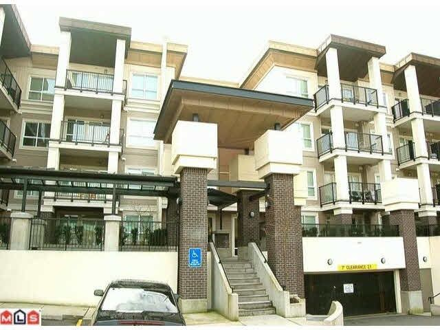 """Main Photo: 125 9655 KING GEORGE Boulevard in Surrey: Whalley Condo for sale in """"GRUV"""" (North Surrey)  : MLS®# R2176425"""