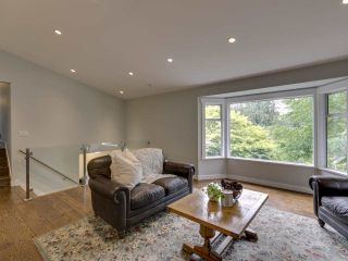 Photo 18: 3751 ROBLIN Place in North Vancouver: Princess Park House for sale : MLS®# R2485057