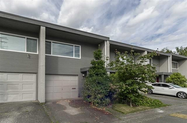 Main Photo: 4805 Turnbuckle Wynd in Delta: Ladner Elementary Townhouse for sale (Ladner)  : MLS®# R2286845