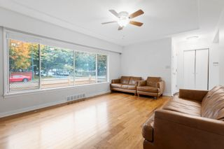 Photo 9: 1352 E 57TH Avenue in Vancouver: South Vancouver House for sale (Vancouver East)  : MLS®# R2625705