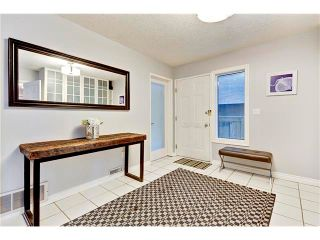 Photo 2: 2514 16B Street SW in Calgary: Bankview House for sale : MLS®# C4041437