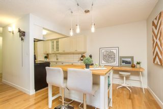 """Photo 13: 103 1330 MARTIN Street: White Rock Condo for sale in """"THE COACH HOUSE"""" (South Surrey White Rock)  : MLS®# R2517158"""